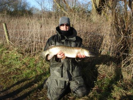 Sean Dent with a nice double pigure pike of 14lb 8oz