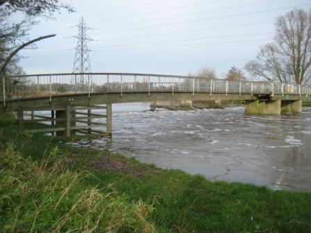 The New Weir just about fishable despite the conditions