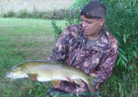 Khalid again, this time with a 12lb barbel