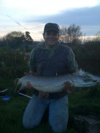 Alan Holmes with a really beautifull pike weighing 23lb