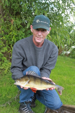 Ally Wood with a lovely 3lb 1oz perch