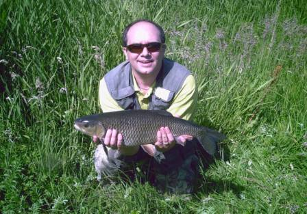 Barry Garwood with a superbly conditioned 6lb 15oz chub caught from Fiddlers East