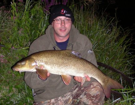 Dave with a 10lb 4oz Royalty barbel