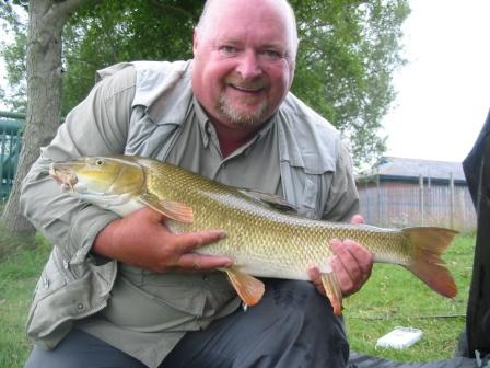 Dave Pryor with a 9lb 8oz barbel