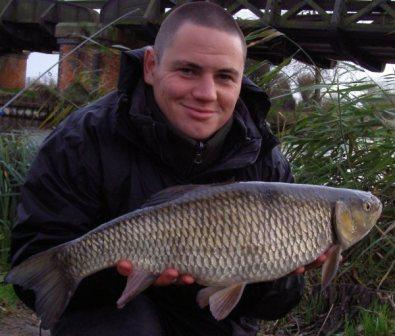 Rob Slater with an absolutely stonking 6lb 11oz chub from the Railway