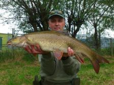 Paul-Yates with an 8lb 12oz barbel which fell to rolling meat